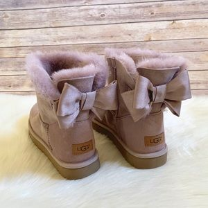 UGG Mini Bailey Bow II Glam Boots In Pink Dusk